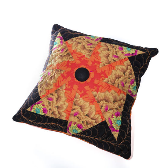 Picture of Quilt & Cushion Set - Orange/Pink/Black