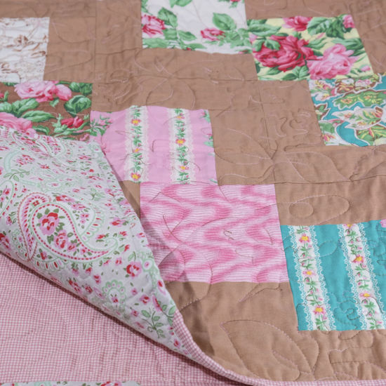 Picture of Single Quilt - Country Floral Design